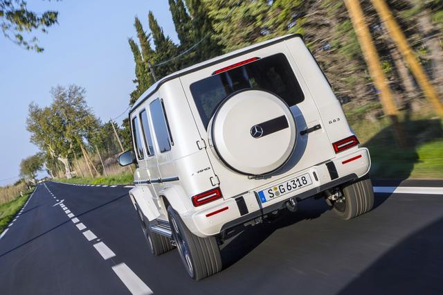 画像: 舗装路での乗り心地は、従来型に比べて格段にアップしている。
