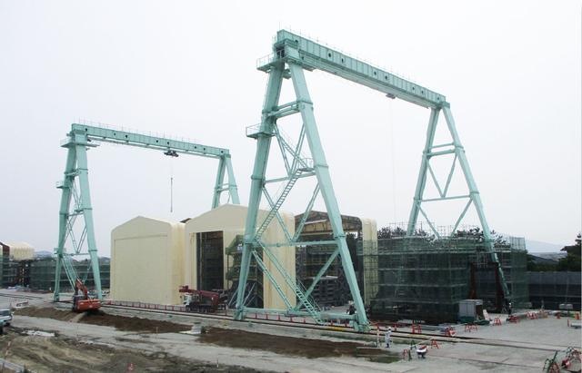 画像: E55四国横断自動車道 吉野川大橋工事。