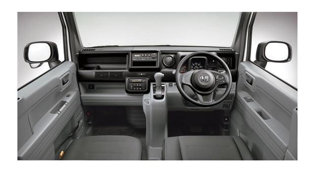画像: Gのインパネ。オートエアコンは全車に標準装備。CVTはインパネシフトを採用。物入れのスペースは多い。