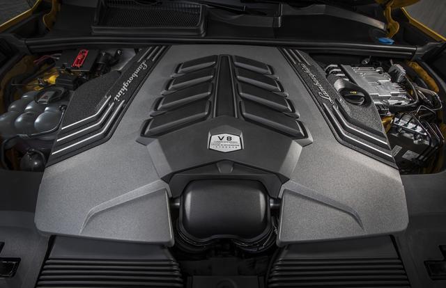 画像: ランボルギーニ初のターボエンジンを採用、最高出力650ps、最大トルク850Nmを発生。 パワーウエイトレシオは3.38kg/psとなる。