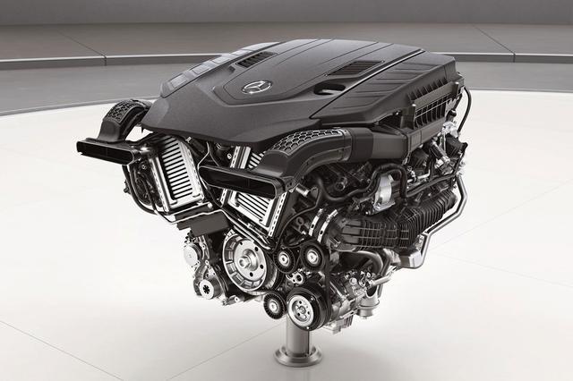画像: 4L V8ツインターボエンジン。