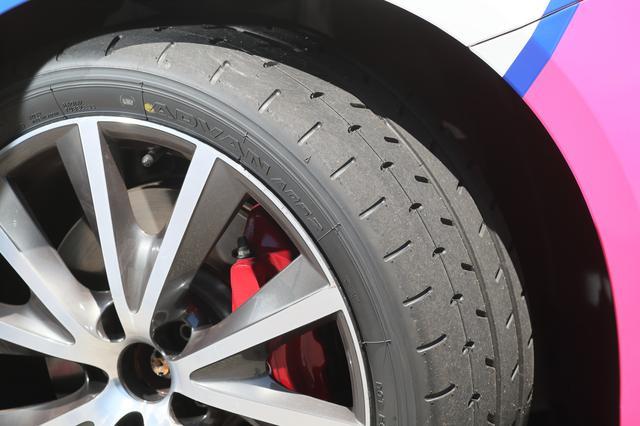 画像: 全日本ラリー選手権はSタイヤ禁止なので、ストリート用のADVAN A052(225/40R18)でテスト。クセが少なく安定して走れる。