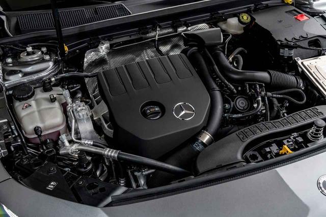 画像: A200のエンジンはルノーと共同開発した1.3L直4ターボを搭載。
