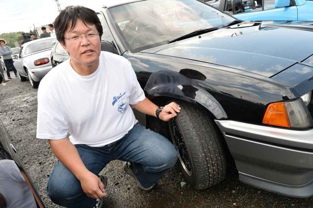 画像: マーチスーパーターボのオーナーである竹田佳史さん。「185/60R13サイズって、今だとエコタイヤくらいしか選択肢がないんですよ。だからアドバンHFタイプDは注目していました」