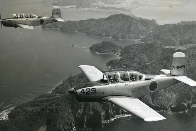 画像: 【メンターT-34】ビーチ・エアクラフト社のメンターT-34を2年がかりで国産化。その時の技術供与が後の航空機生産技術の基礎となる。