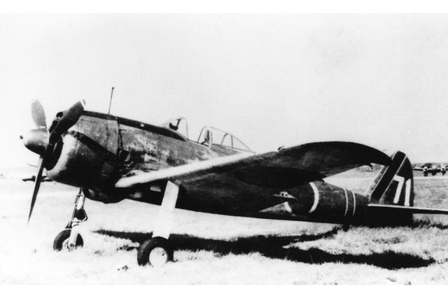 画像: 【一式戦闘機・隼】1941年、陸軍に制式採用された戦闘機。運動性能の高さは当時の最高水準で、陸軍最多の5751機が生産された。