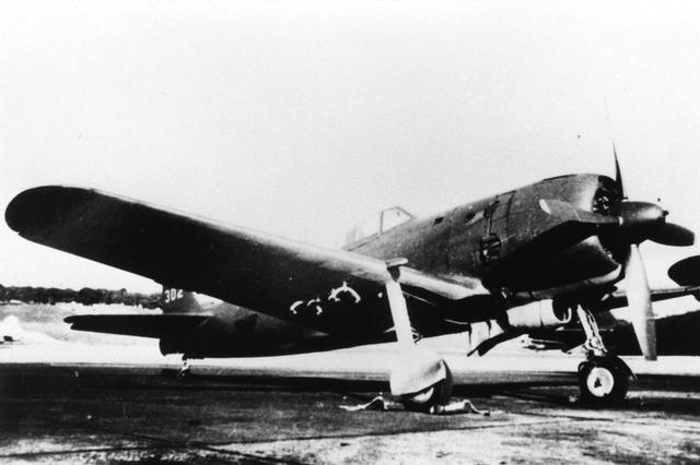 画像: 【四式戦闘機・疾風】1944年の陸軍制式採用機。隼の空戦性能と鍾馗の上昇力を備えた傑作機。軍の最優先量産機で3375機生産された。