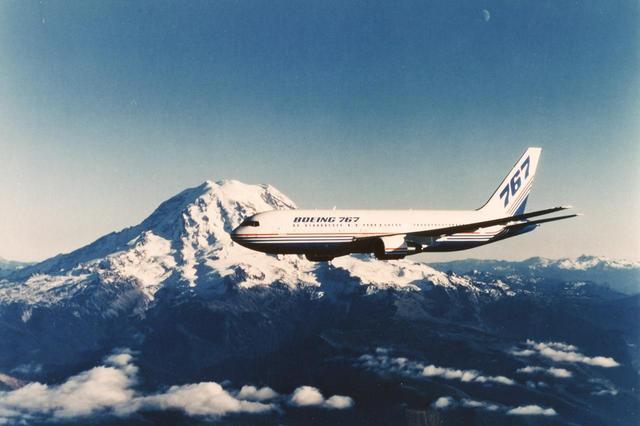 画像: 【ボーイング767】国際分業進む大型機製造への足掛かりとして747を生産分担。その後767(写真)の共同開発では主翼部を担当。