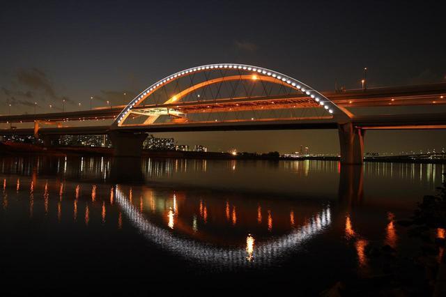 画像: 五色桜大橋(中央環状線)