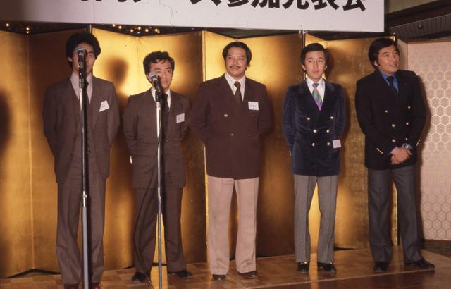画像: ドライバーは寺田陽次朗さん(中央)ほか、生沢徹さん、鮒子田寛さんなど超一流どころが揃ったが、それでも完走できなかった。ル・マンの壁は厚かった…。