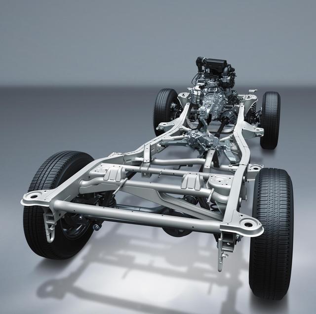 画像: 伝統のメカニズムはさらに進化。縦置きエンジン、パートタイム4WD、そしてラダーフレーム…ジムニーのアイデンティティがしっかり受け継がれている。