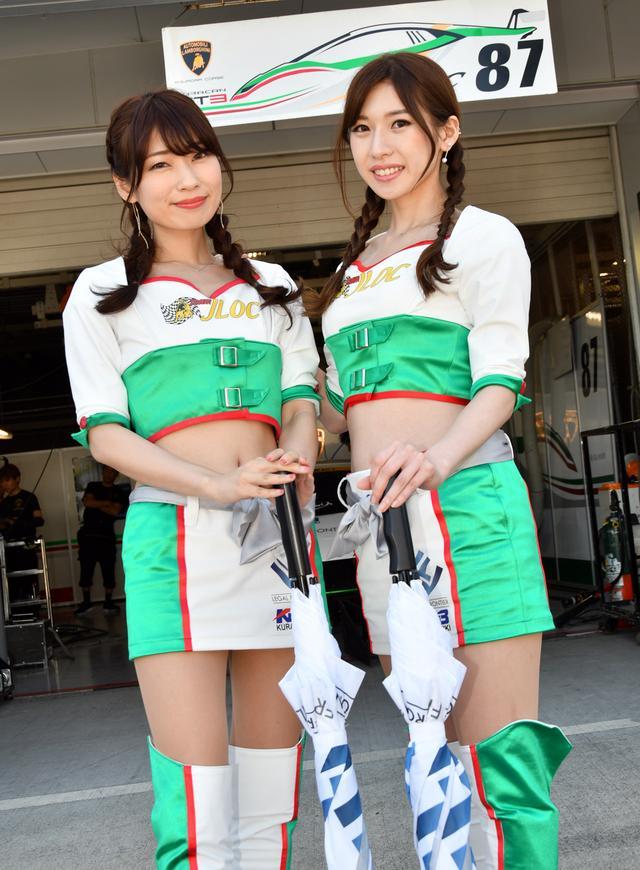 画像: 左 藤谷彩香さん  右 赤江莉緒さん