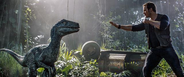 画像2: 遺伝子操作による恐竜が新たなる脅威を生み出す