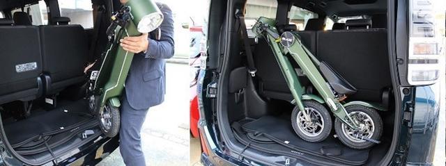 画像: BLAZE SMART EVをラゲッジルームに載せるとこんな感じ。