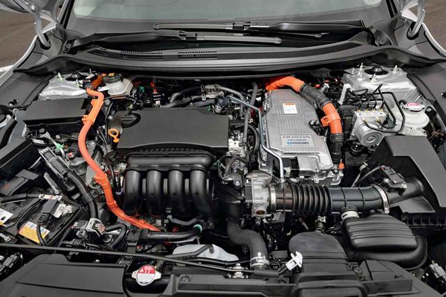 画像: ハイブリッドのシステムは、1.5Lエンジンと2モーターを組み合わせた「i-MMD」だ。