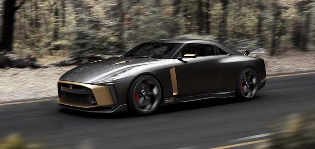 画像3: 【写真館】限定50台、1億円のGT-R50周年記念車がグッドウッドを疾る!