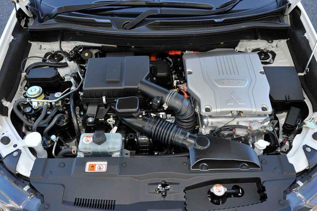 画像: 今回のマイナーチェンジで、エンジン排気量を2.4Lに変更。