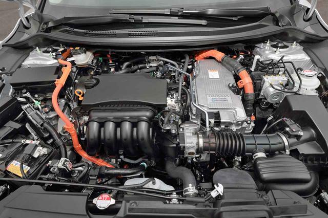 画像: パワーユニットは、1.5LのアトキンソンサイクルDOHCエンジンと2モーターを組み合わせる。