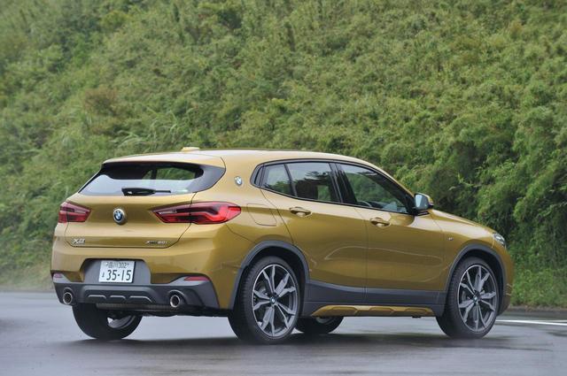画像2: BMW X2のリアスタイル。