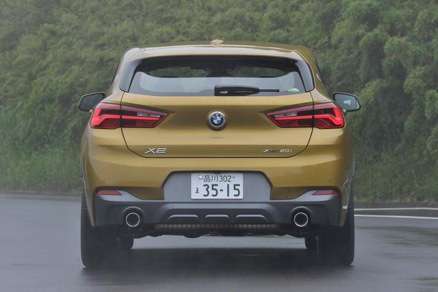 画像1: BMW X2のリアスタイル。