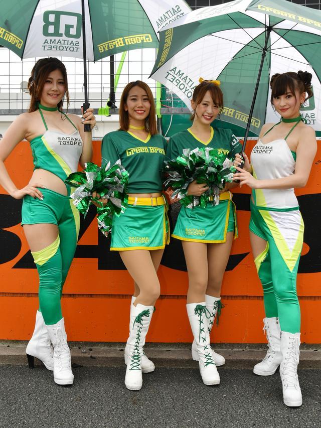 画像: 左から 斎藤みどりサン 榮森みゆきサン Yunaさん 辻美咲さん