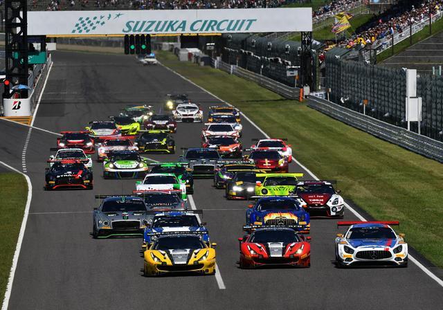 画像1: ポールポジションはフェラーリ