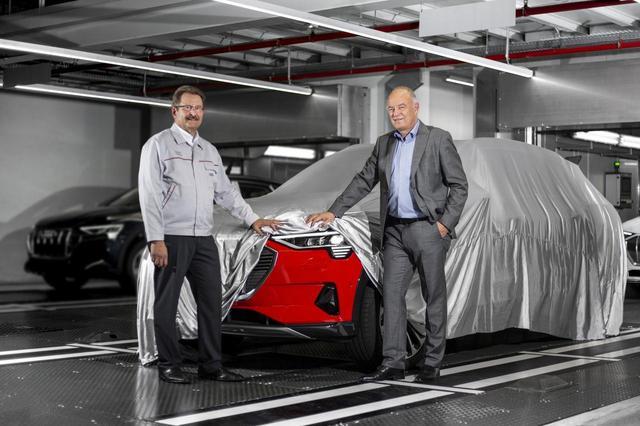画像: ブリュッセル工場で生産を開始した「アウディ e-tron」。