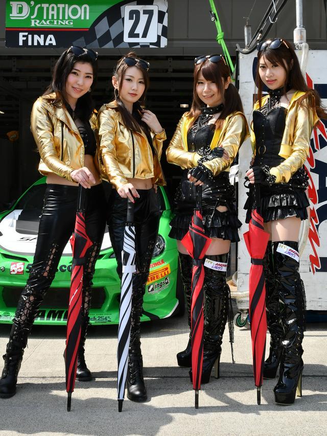 画像: 左より 吉野なぎさサン 杉本夏陽さん 知念舞さん 新井彩香さん