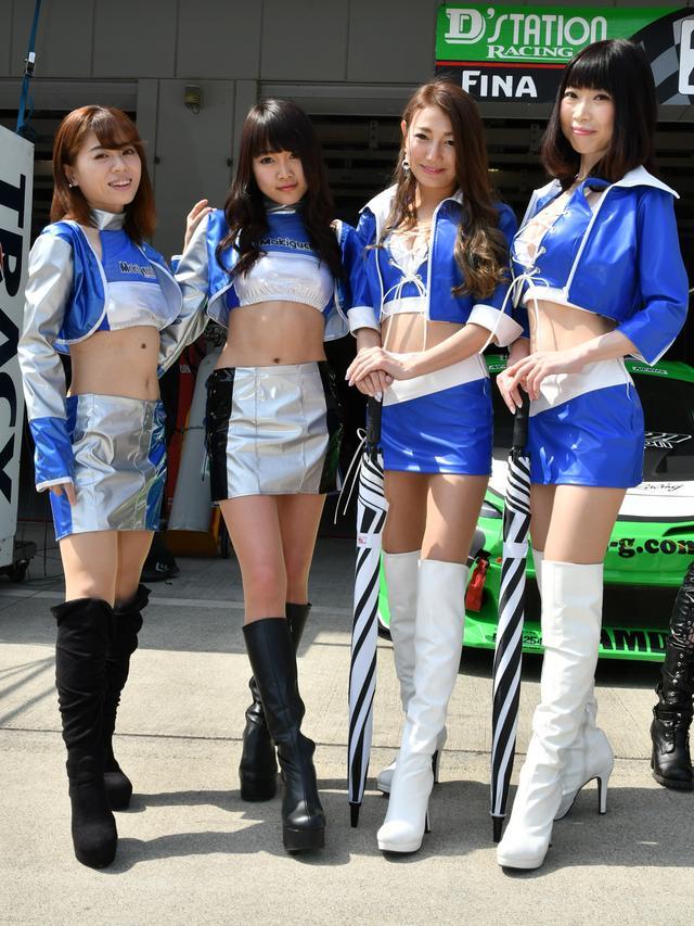 画像: 左より 及川愛未さん 南野きりサン 蛍 純さん 葉山なな子さん