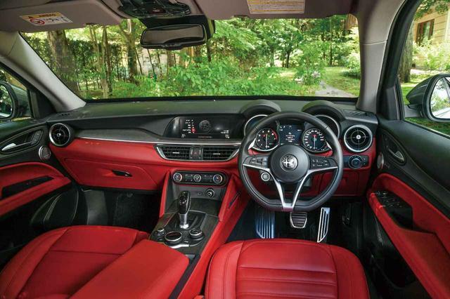画像: 8ウェイパワーシート(前席、運転席メモリー付)レザーシート。Apple CarPlay/Android Autoに対応。