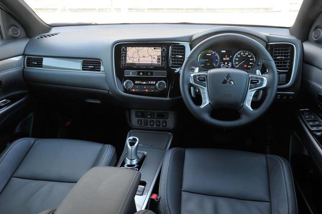 画像: 2018年8月のビッグマイチェンで、車両統合制御「S-AWC]に新たにスポーツとグラベル、2つのドライブモードを設定。