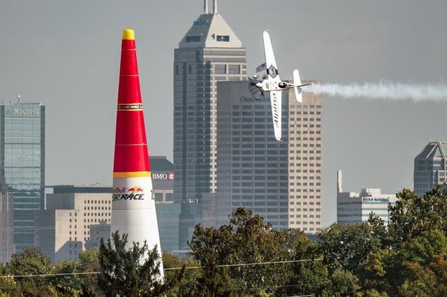 画像: 母国のレースで優勝してシーズンランキングの首位に返り咲いたグーリアン選手。