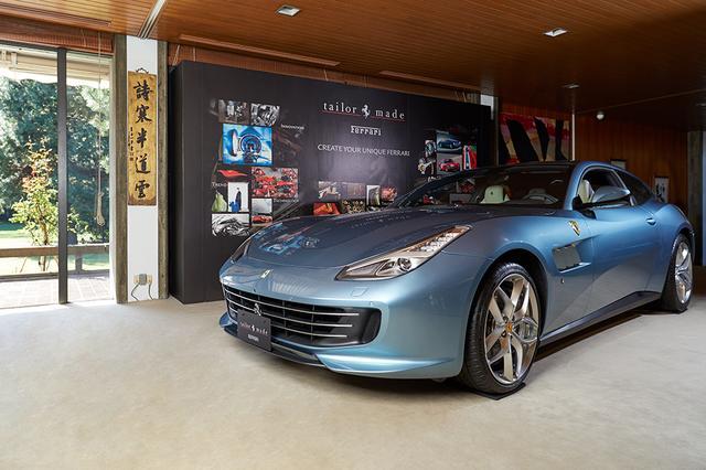 画像: 大使館の庭園や館内に展示された9台のフェラーリGTC4ルッソTモデル。そのうちの1台がこの「Inspired by 250 GT Coupe Speciale」。名車250 GTにインスピレーションを得たコレクションで、複雑かつ精緻で独創的な仕立てとなっている。このほか、「 Italian Style 1 Concept」「Country Concept」「Inspired by 250 GT Berlinetta Lusso」「Polo Concept」「Yacht Concept」「Golf Concept」「Copper Concept」などが並べられた。