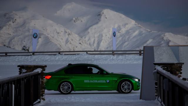 画像: 静かな雪山に響き渡るMモデルサウンド。それはとても爽快である。
