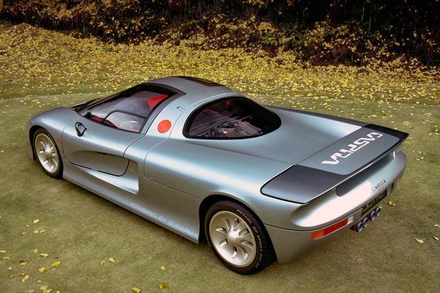 画像: スーパーカーというより空力性能の向上を意図したレーシングカー然としたスタイリング。