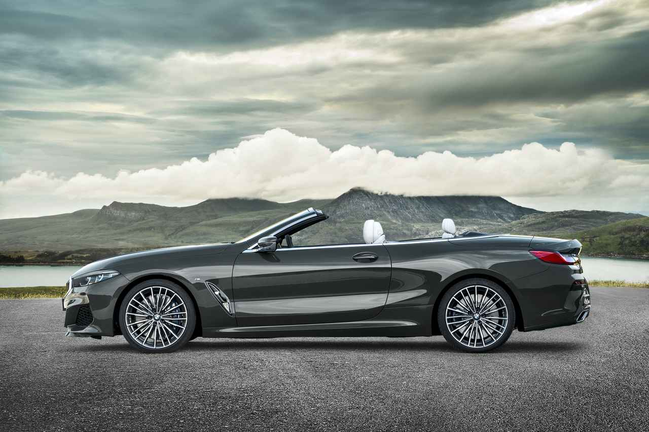 Images : 1番目の画像 - 「【ニュース】BMW 8シリーズ コンバーチブル公開、ロサンゼルスモーターショーでワールドプレミア」のアルバム - Webモーターマガジン