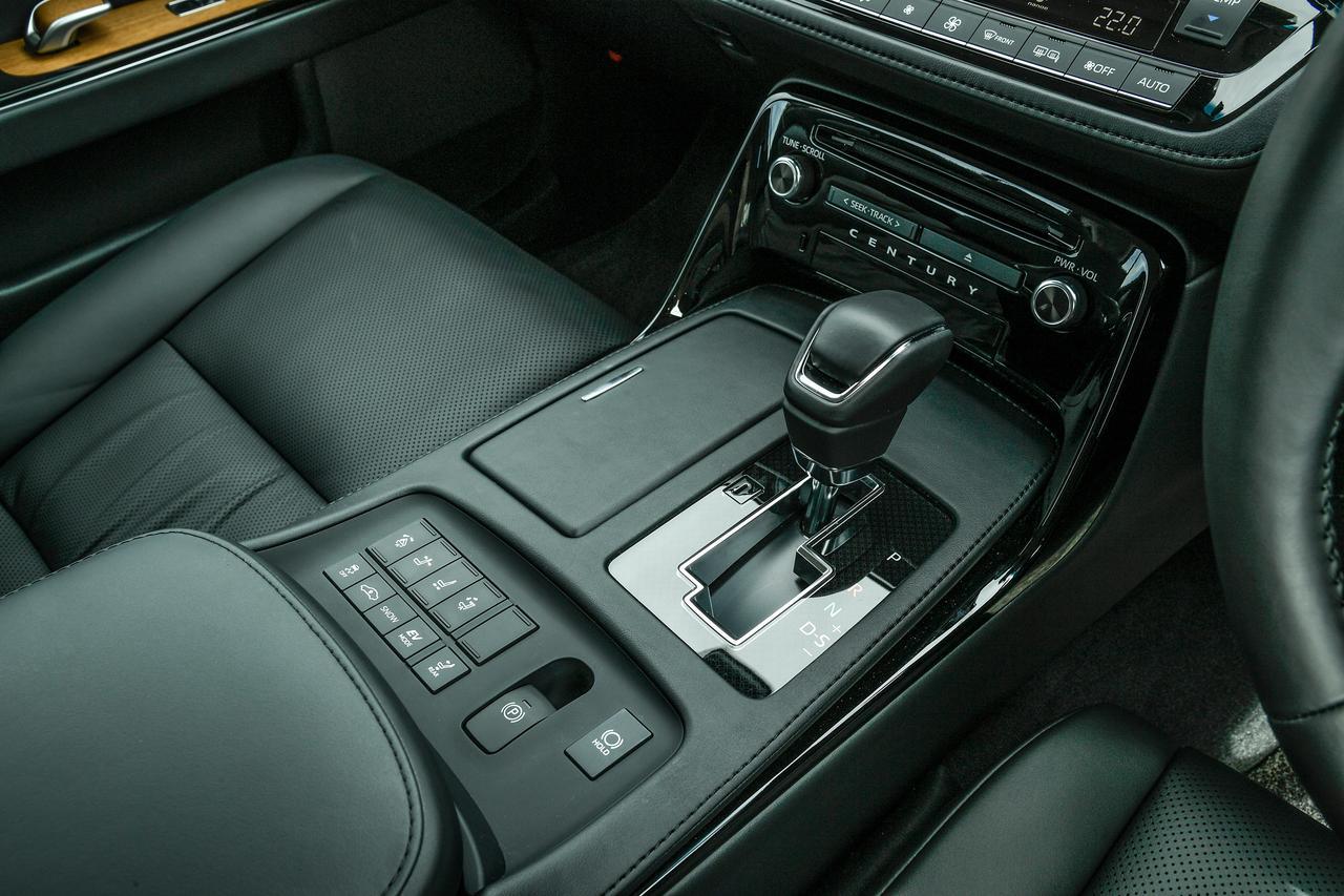 Images : 8番目の画像 - 「【試乗】トヨタ センチュリーはその品格と匠の技をどう継承したのか」のアルバム - Webモーターマガジン