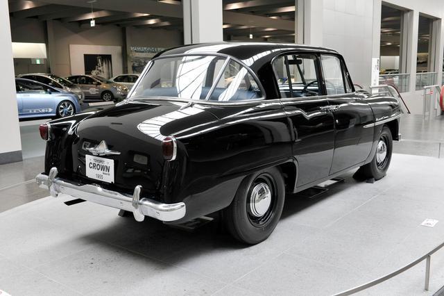 画像: スタイリングはトヨタ社内デザイン。当時高級車の象徴的存在だったアメリカ車の影響が感じられる。