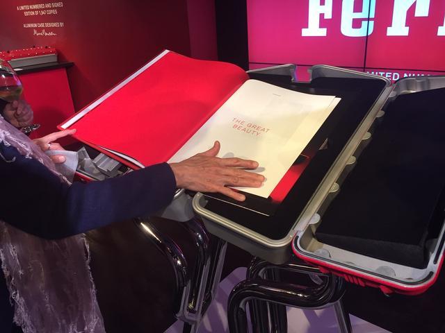 画像: 本書の内容もフェラーリおよびプライベートコレクターのアーカイブから収集した数百枚に及ぶ未公開写真、図版、スケッチ、フェラーリの全勝利記録などを収めた、前例のない豪華なものになっている。