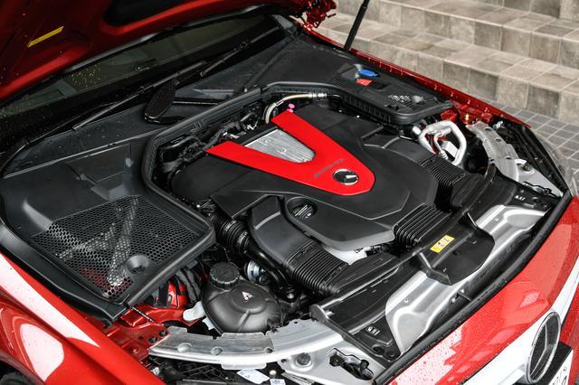 画像: M276型3L V6ツインターボエンジンは最高出力390ps、最大トルク520Nmを発生。
