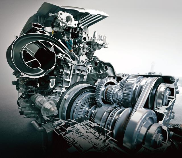 画像: 2Lの直列4気筒直噴エンジンとダイレクトシフトCVT