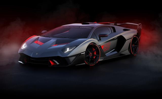 画像: サーキットでの走行を想定して追求されたエアロダイナミクス、超軽量素材と新開発のカーボンファイバー製のボディによる軽量化が注目ポイント。