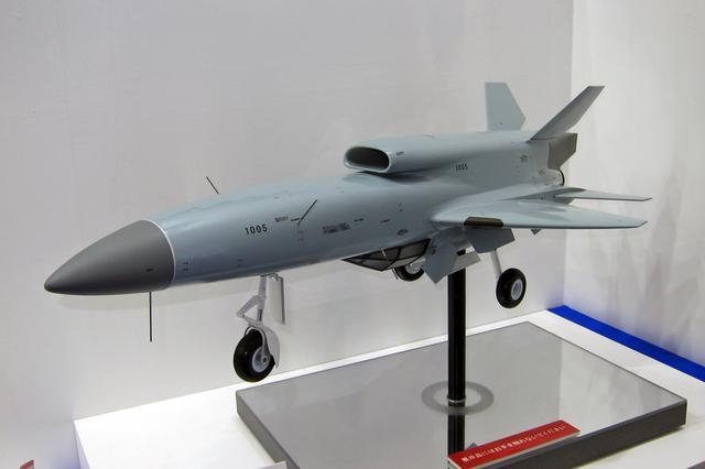画像: スバルの無人機研究システムの模型。実機は既に試験飛行を行っている。アイサイトにも技術がフィードバックされている…?