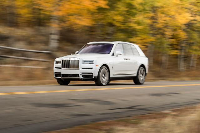 画像: 「マジックカーペットライド」と称される乗り心地は、SUVであるカリナンでも実現されている。