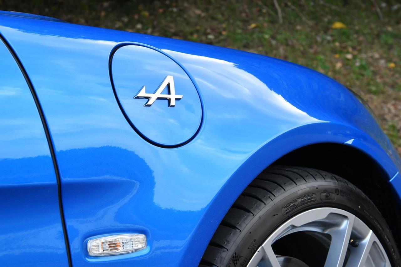 Images : 13番目の画像 - 「【試乗】軽いとはこんなに凄いのか、アルピーヌA110には異次元の速さがあった」のアルバム - Webモーターマガジン