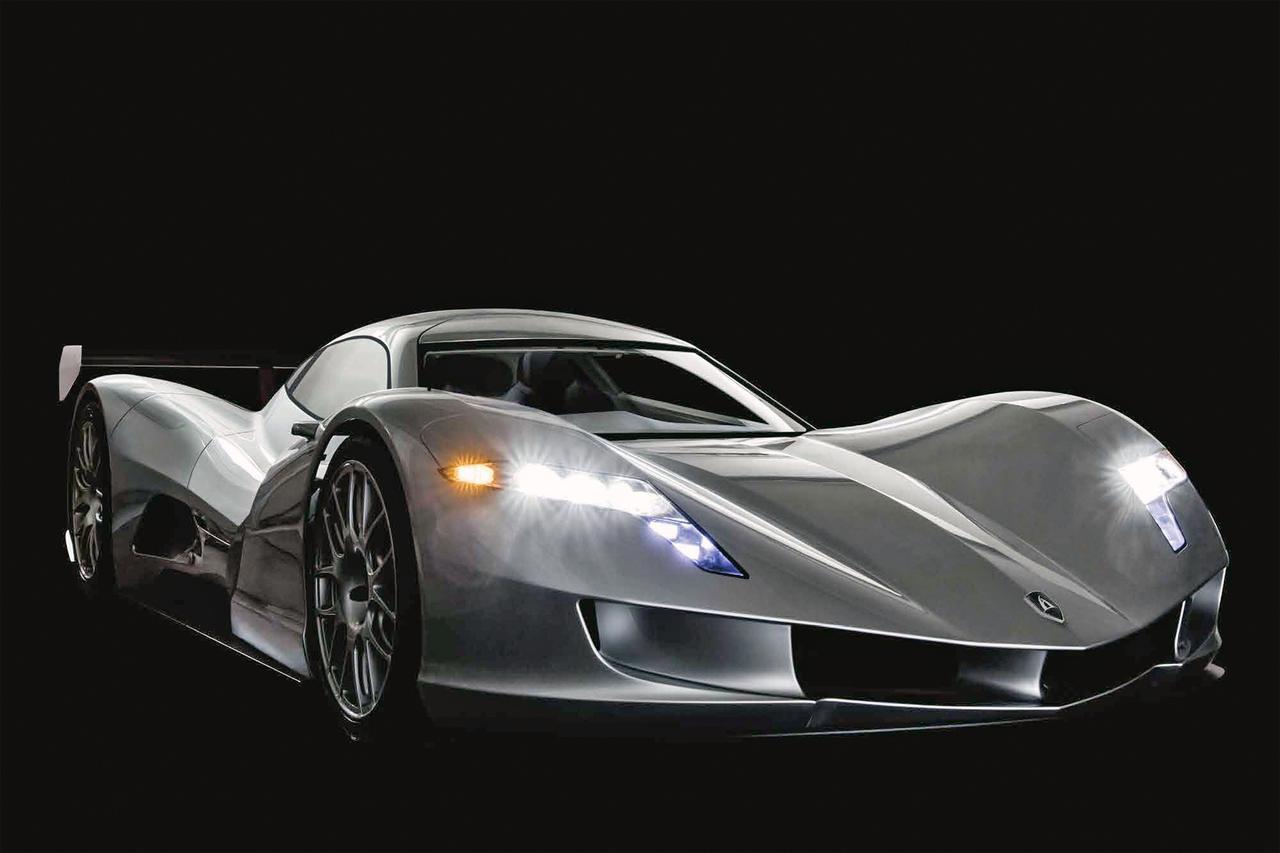 画像: 公称スペックは、全長4830×全幅1935×全高990mm、ホイールベースは2757mm、車重は850kg。