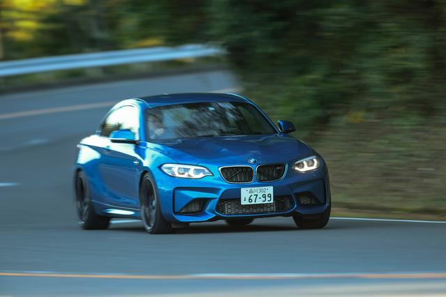 画像: M2クーペ。バネ下重量の低減、アクティブMディファレンシャルなどによりドライビングファンを追求している。