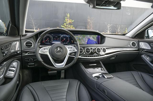 画像: インテリアは豪華そのもの。先進の安全運転支援機能も充実する。