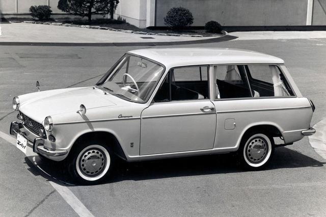 画像: ダイハツ初の乗用車がコンパーノ。写真は1963年6月14日に発表されたコンパーノ ワゴン デラックス。