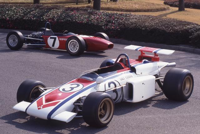 画像: 1971年の日本グランプリで優勝したコルトF2000。後ろに見えるのが第3回日本グランプリで優勝したコルトF3A